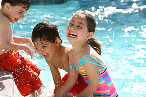 Miami kids spend day at pool
